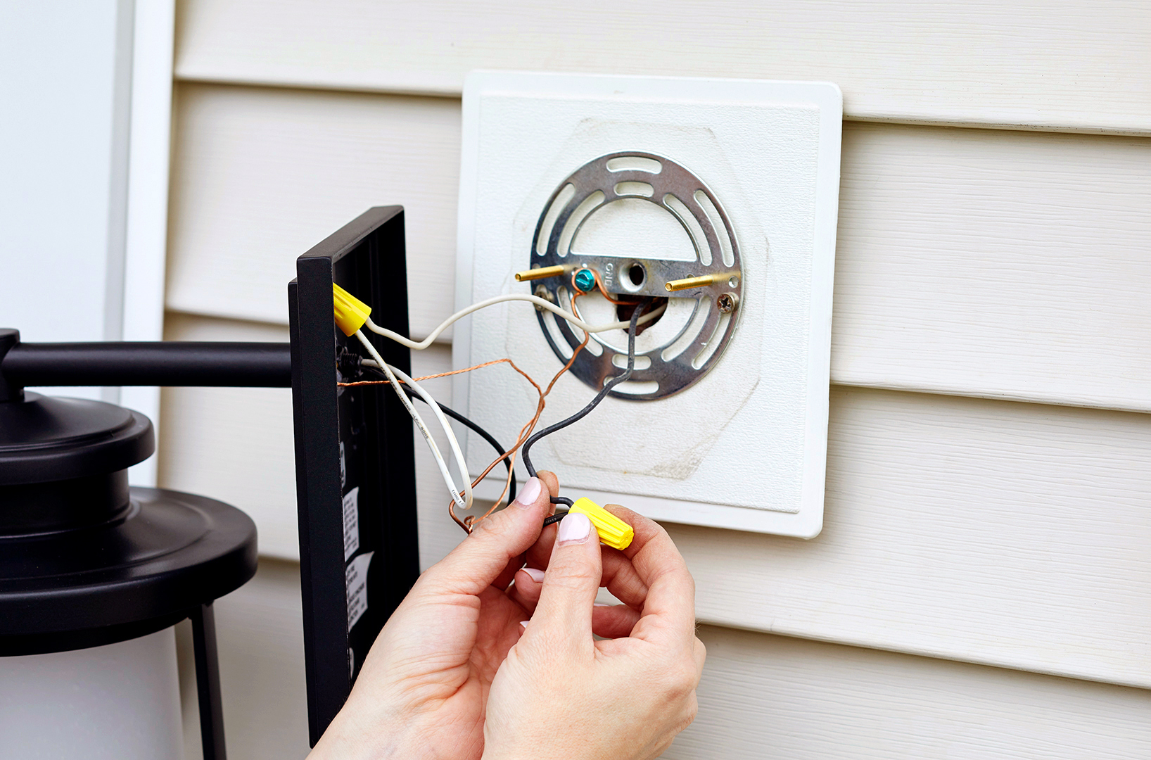 Stay Safe While Installing Outdoor Electrical Fixtures
